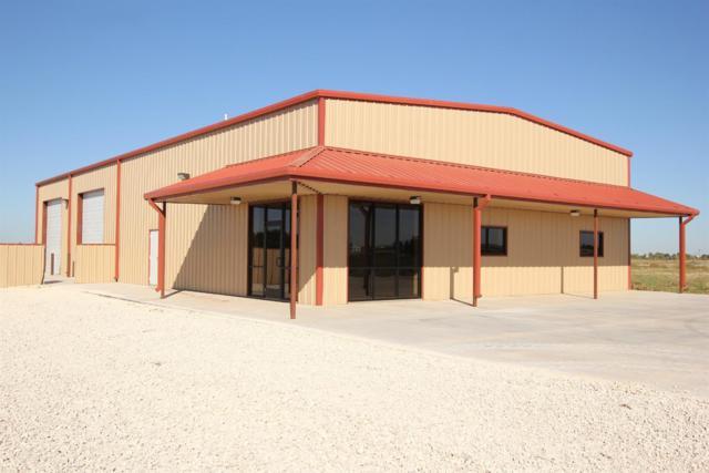 9316 Farm Road 1585, Wolfforth, TX 79382 (MLS #201706037) :: Lyons Realty