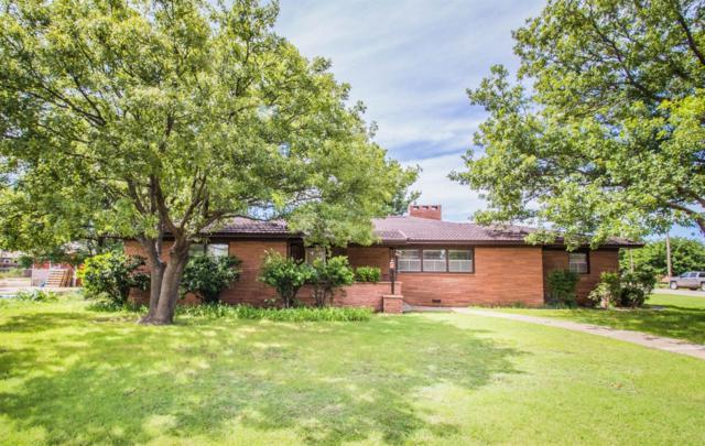 1402 Watts, Ralls, TX 79357 (MLS #201903074) :: Lyons Realty