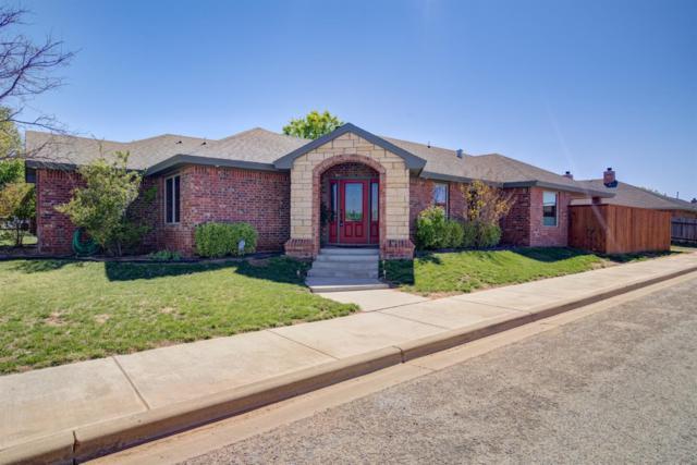 10102 Elmwood Avenue, Lubbock, TX 79424 (MLS #201903471) :: McDougal Realtors