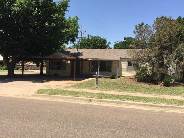 3520 30th Street, Lubbock, TX 79410 (MLS #201905007) :: Stacey Rogers Real Estate Group at Keller Williams Realty