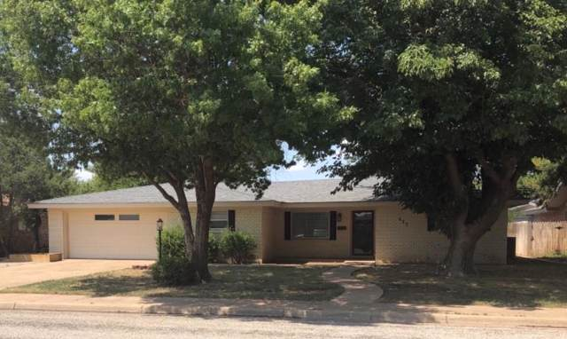 417 Poplar Street, Levelland, TX 79336 (MLS #201907470) :: Stacey Rogers Real Estate Group at Keller Williams Realty