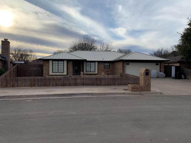 8608 Geneva Avenue, Lubbock, TX 79423 (MLS #202000798) :: Stacey Rogers Real Estate Group at Keller Williams Realty
