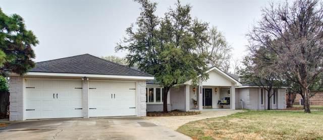 206 Navasota, Plainview, TX 79072 (MLS #202002208) :: Lyons Realty