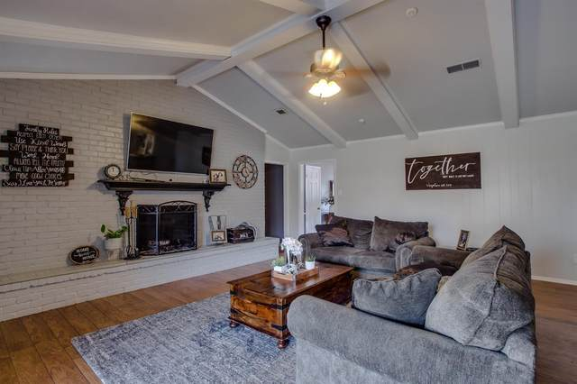 3008 59th Street, Lubbock, TX 79413 (MLS #202002534) :: Lyons Realty