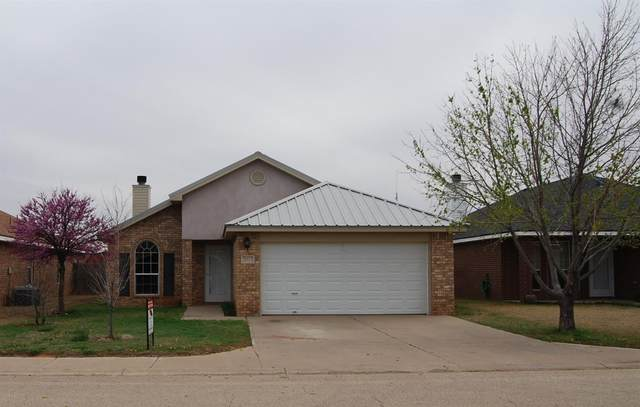 2013 100th Street, Lubbock, TX 79423 (MLS #202002549) :: Stacey Rogers Real Estate Group at Keller Williams Realty