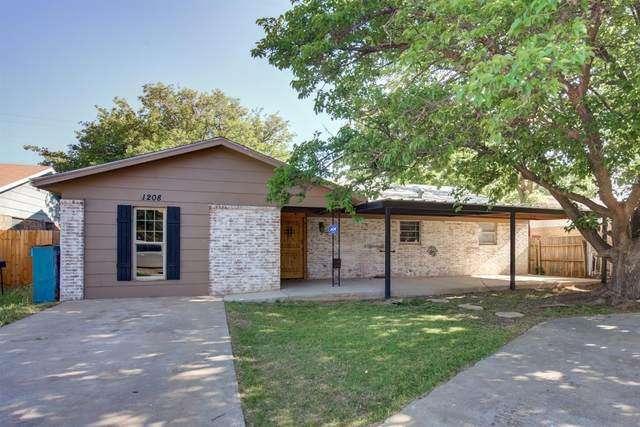 1208 47th Street, Lubbock, TX 79412 (MLS #202003995) :: Stacey Rogers Real Estate Group at Keller Williams Realty
