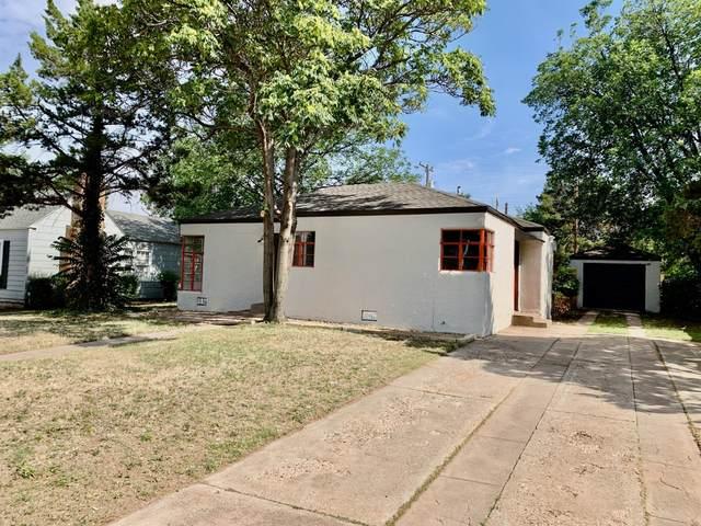 2415 28th Street, Lubbock, TX 79411 (MLS #202005210) :: The Lindsey Bartley Team
