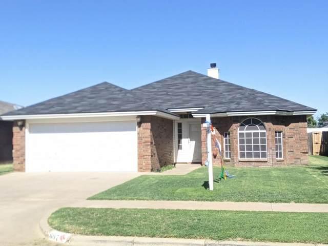 807 Grover Avenue, Lubbock, TX 79416 (MLS #202006824) :: McDougal Realtors