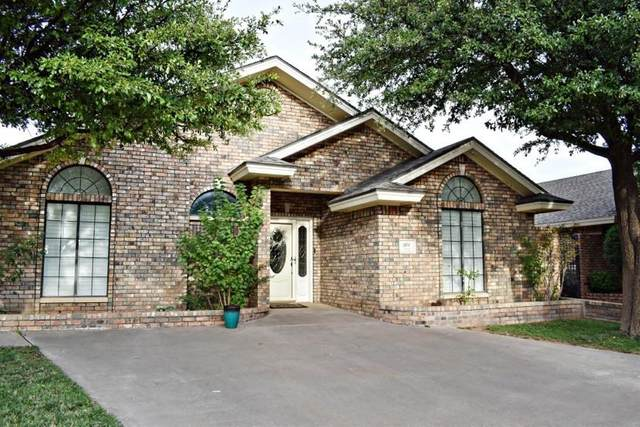 101 Fannin Avenue, Levelland, TX 79336 (MLS #202007182) :: The Lindsey Bartley Team