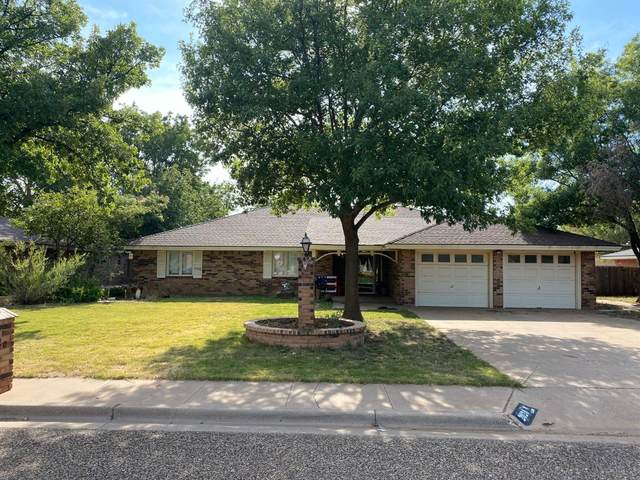 2020 Mustang Drive, Levelland, TX 79336 (MLS #202007777) :: The Lindsey Bartley Team