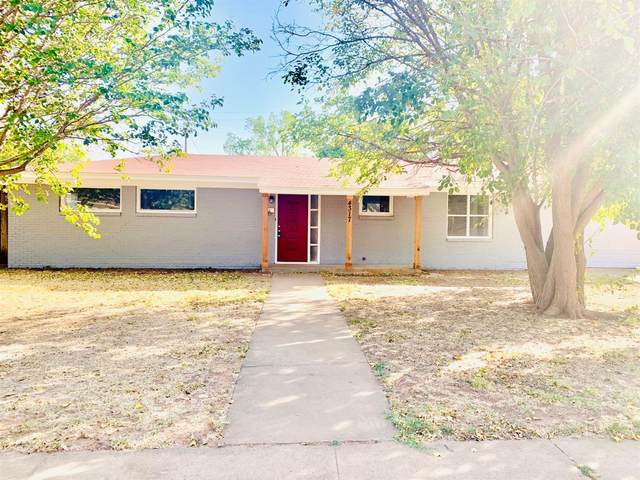 4317 44th Street, Lubbock, TX 79413 (MLS #202009996) :: Better Homes and Gardens Real Estate Blu Realty