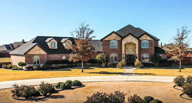 918 Cambridge Avenue, Wolfforth, TX 79382 (MLS #202011100) :: Rafter Cross Realty