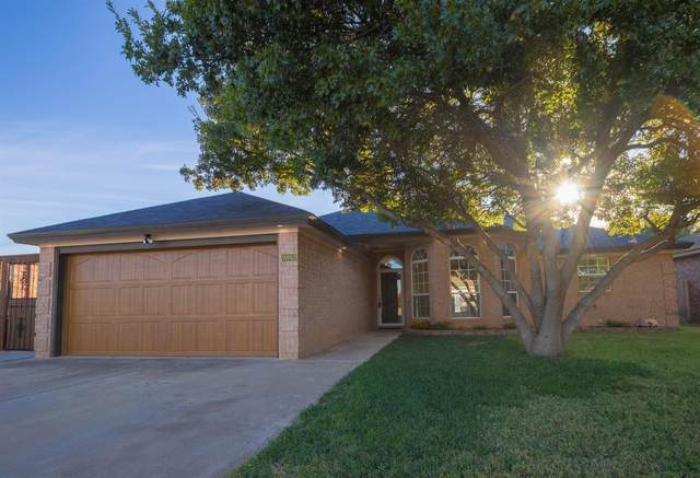 9803 Chicago Avenue, Lubbock, TX 79424 (MLS #202107520) :: The Lindsey Bartley Team