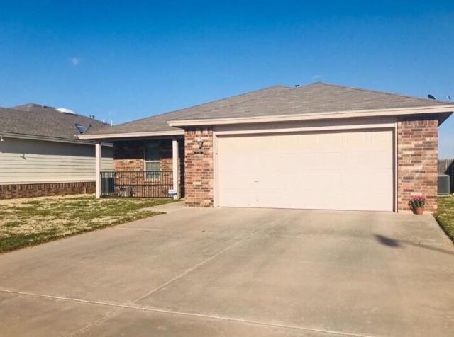 7711 Ave J, Lubbock, TX 79423 (MLS #201902211) :: Lyons Realty