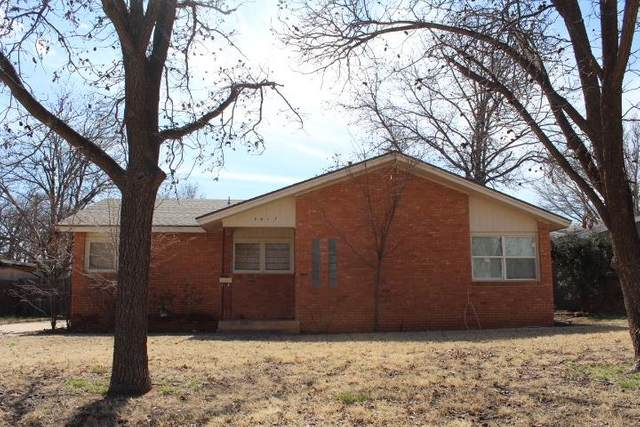 3017 37th Street, Lubbock, TX 79413 (MLS #202001128) :: Stacey Rogers Real Estate Group at Keller Williams Realty