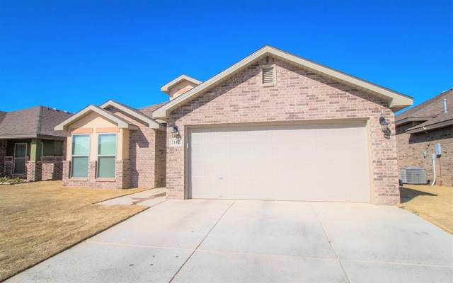 2112 136th Street, Lubbock, TX 79423 (MLS #202001223) :: Stacey Rogers Real Estate Group at Keller Williams Realty