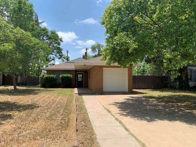 2615 27th Street, Lubbock, TX 79410 (MLS #202104212) :: McDougal Realtors