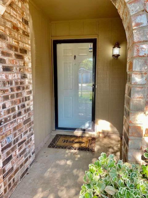 7005 Winston Avenue, Lubbock, TX 79424 (MLS #202105554) :: Lyons Realty
