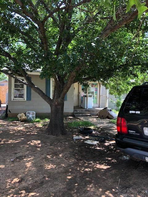 2307 37th Street, Lubbock, TX 79412 (MLS #202105490) :: Duncan Realty Group