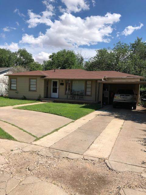 3007 42nd Street, Lubbock, TX 79413 (MLS #202105593) :: Better Homes and Gardens Real Estate Blu Realty