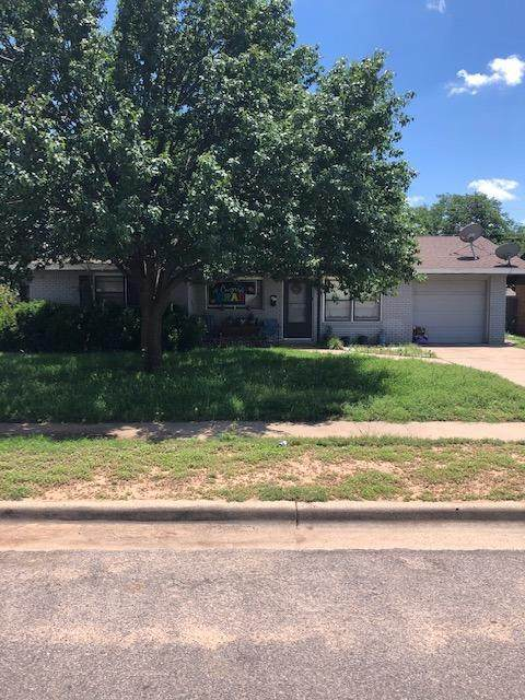4935 6th Street, Lubbock, TX 79416 (MLS #202105594) :: Better Homes and Gardens Real Estate Blu Realty