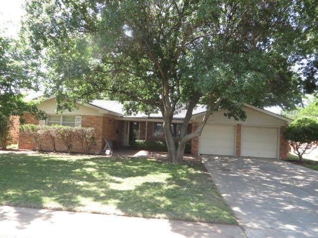 3003 66th Street, Lubbock, TX 79413 (MLS #202105841) :: Duncan Realty Group