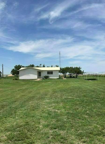 1730 Farm Road 1914, Hale Center, TX 79041 (MLS #202105969) :: Reside in Lubbock | Keller Williams Realty