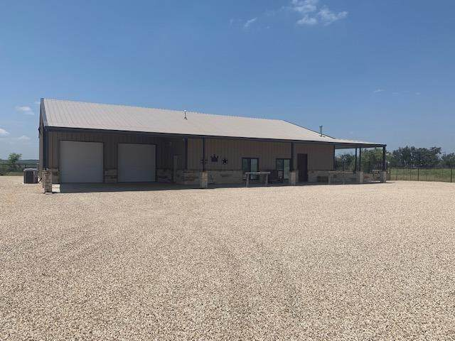 1070 County Road 133, Dickens, TX 79229 (MLS #202107043) :: Better Homes and Gardens Real Estate Blu Realty