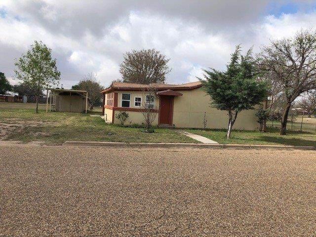 1008 E 12th Street, Littlefield, TX 79339 (MLS #202110110) :: Lyons Realty