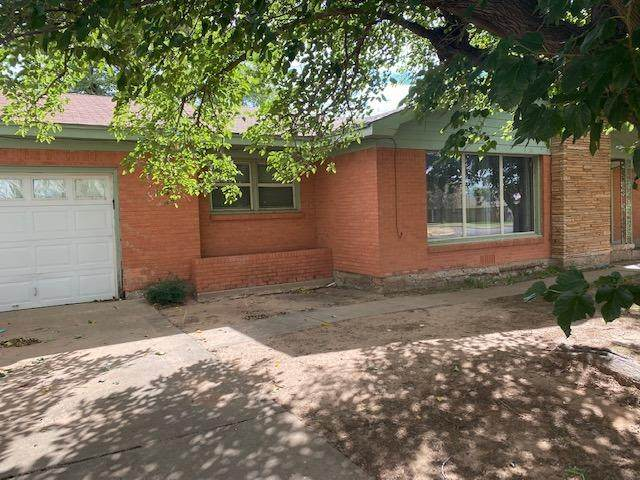 1801 E 28th Street, Lubbock, TX 79404 (MLS #202110394) :: Stacey Rogers Real Estate Group at Keller Williams Realty