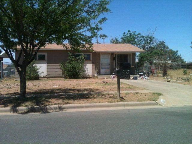 2316 Cedar Avenue, Lubbock, TX 79404 (MLS #202110776) :: Rafter Cross Realty