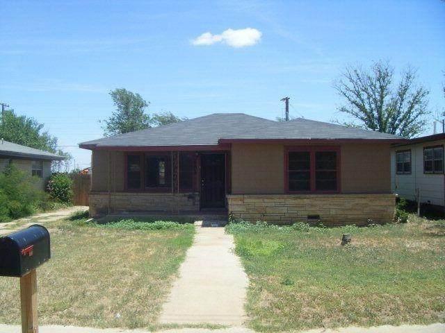 2203 Date Avenue, Lubbock, TX 79404 (MLS #202110795) :: Rafter Cross Realty