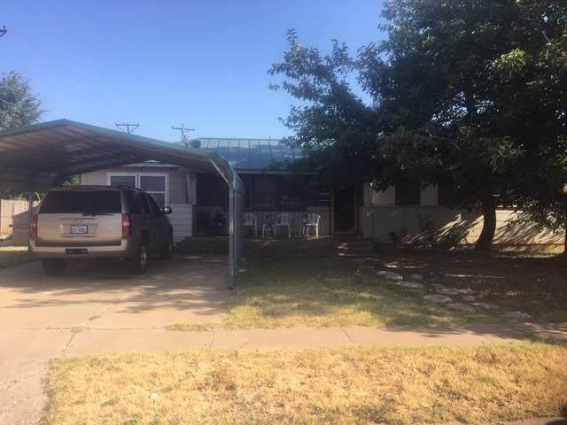 806 58th Street, Lubbock, TX 79404 (MLS #202110808) :: Rafter Cross Realty