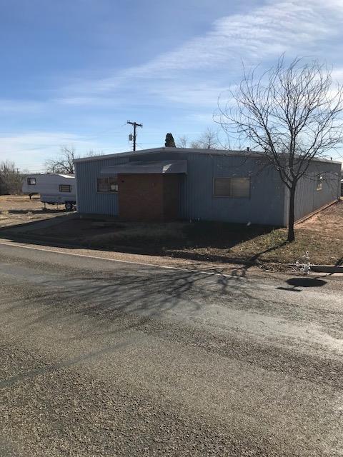 302 E Hill, Spur, TX 79370 (MLS #201709331) :: Lyons Realty