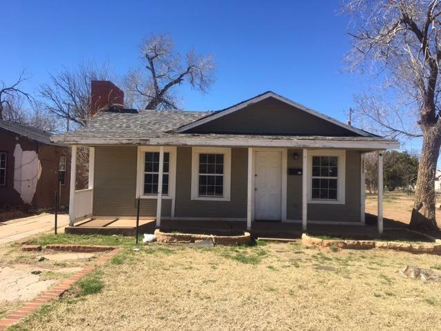 2006 Ave L, Lubbock, TX 79411 (MLS #201801557) :: Stacey Rogers Real Estate Group at Keller Williams Realty