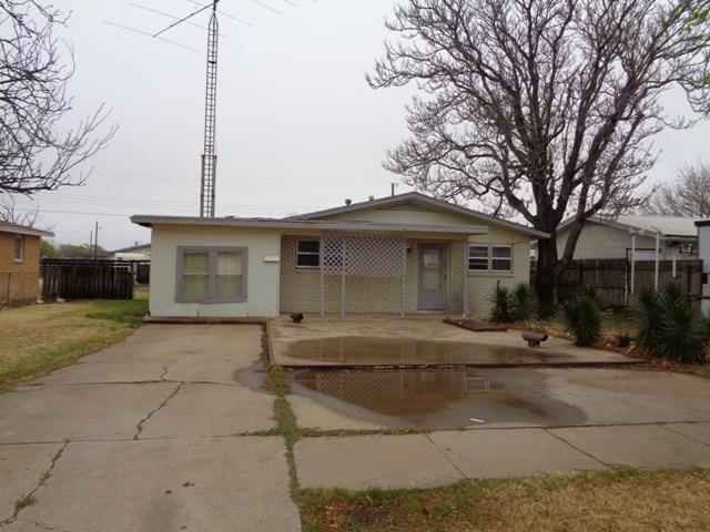 2106 Independence Street, Plainview, TX 79072 (MLS #201804433) :: Lyons Realty