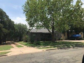 2411 32nd Street, Lubbock, TX 79411 (MLS #201804549) :: Lyons Realty