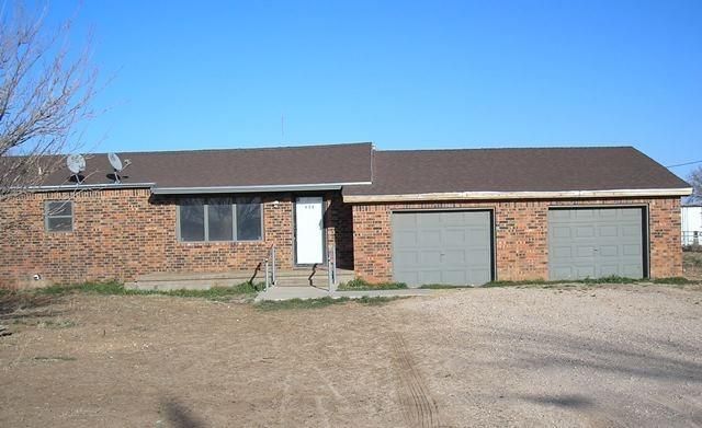 212 Ave X, Levelland, TX 79336 (MLS #201804955) :: Lyons Realty
