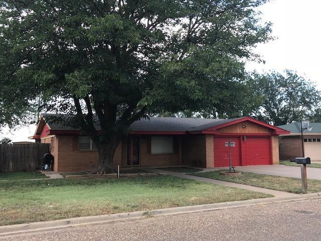 418 North Drive, Abernathy, TX 79311 (MLS #201808528) :: Lyons Realty