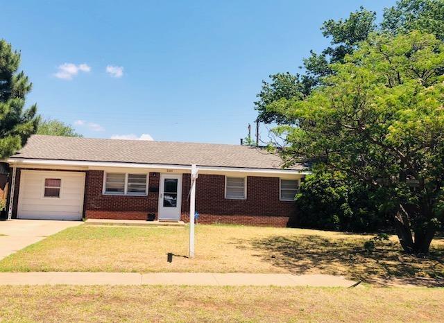 2804 61st Street, Lubbock, TX 79413 (MLS #201808901) :: The Lindsey Bartley Team