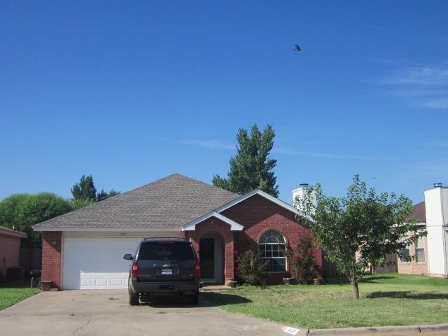 3907 Owen Street, Plainview, TX 79072 (MLS #201809082) :: Lyons Realty