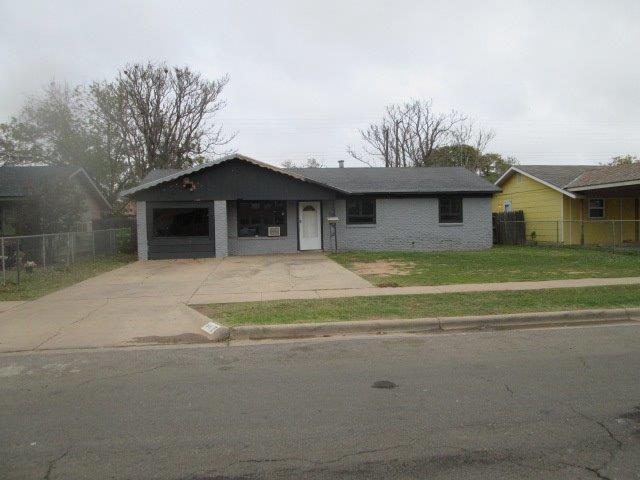 1811 E Auburn Street, Lubbock, TX 79403 (MLS #201809951) :: Lyons Realty