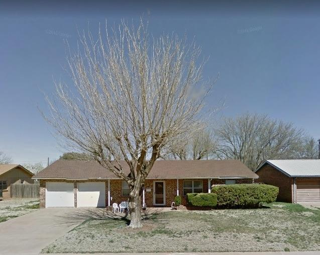 1805 E Reppto Street, Brownfield, TX 79316 (MLS #201903658) :: McDougal Realtors