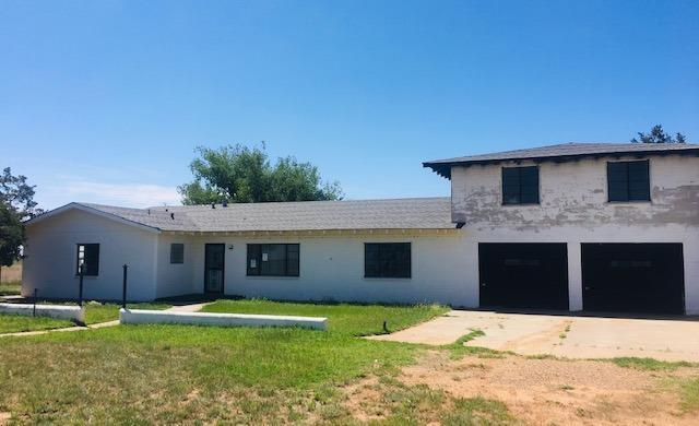 120 County Road Dd, Farwell, TX 79325 (MLS #201904547) :: Stacey Rogers Real Estate Group at Keller Williams Realty