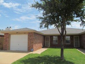 6321-#1 7th, Lubbock, TX 79416 (MLS #201904600) :: McDougal Realtors