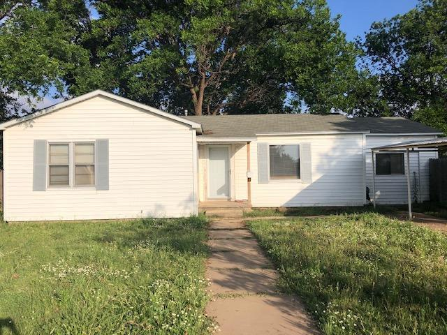 1727 Ave I, Levelland, TX 79336 (MLS #201904752) :: Stacey Rogers Real Estate Group at Keller Williams Realty