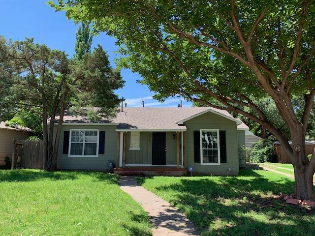 2709 28th Street, Lubbock, TX 79410 (MLS #201905209) :: Stacey Rogers Real Estate Group at Keller Williams Realty