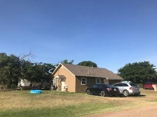 755 W Knox Street, Slaton, TX 79364 (MLS #201906232) :: The Lindsey Bartley Team