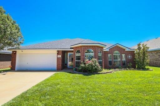 6711 86th Street, Lubbock, TX 79424 (MLS #201906623) :: Stacey Rogers Real Estate Group at Keller Williams Realty