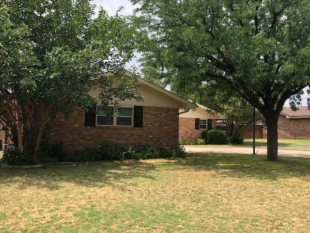 506 SW 18th, Seminole, TX 79360 (MLS #201906718) :: Lyons Realty